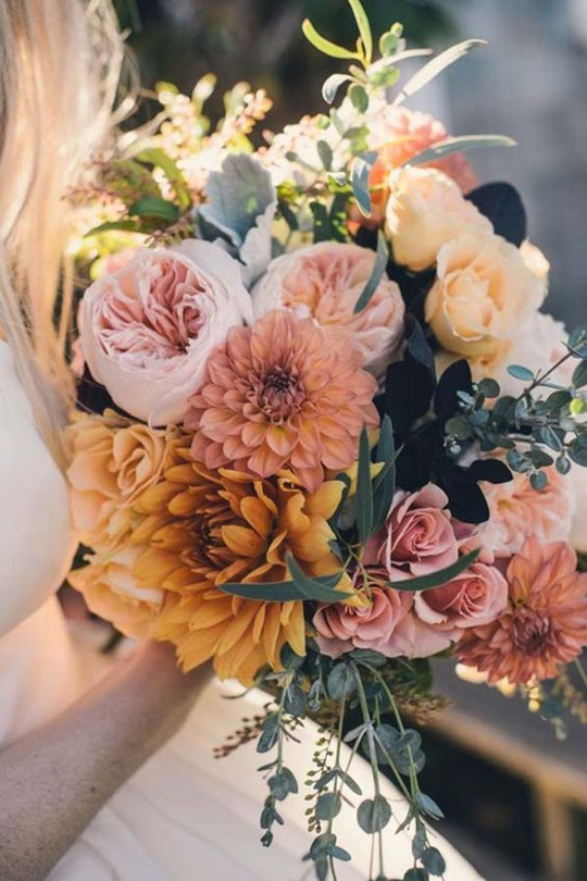 perfect vintage fall wedding flowers Bridal bouquets