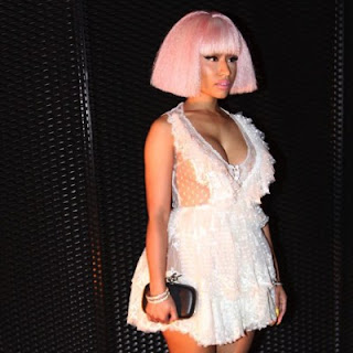 Download Lirik Lagu Nicki Minaj – Black Barbies