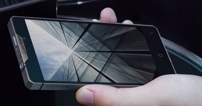 Gresso Regal R1 - Android smartphone that costs $3,000