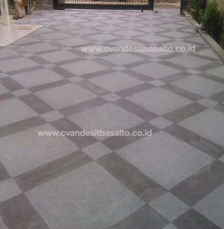 batu alam untuk lantai halaman depan rumah