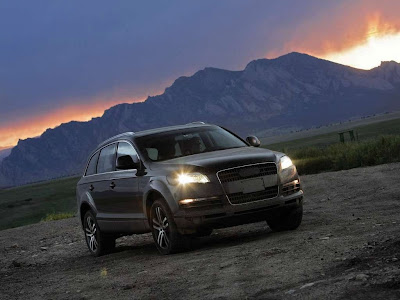Audi Q7 Off Road Normal Resolution HD Wallpaper