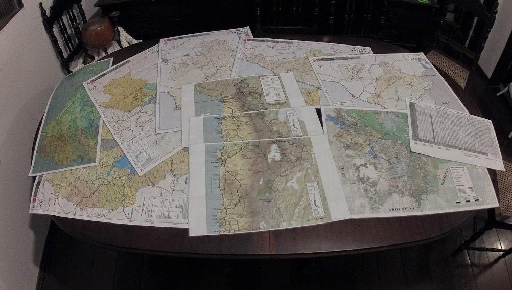 Mapas rodoviários levados na Expedição América do Sul - set/2013.