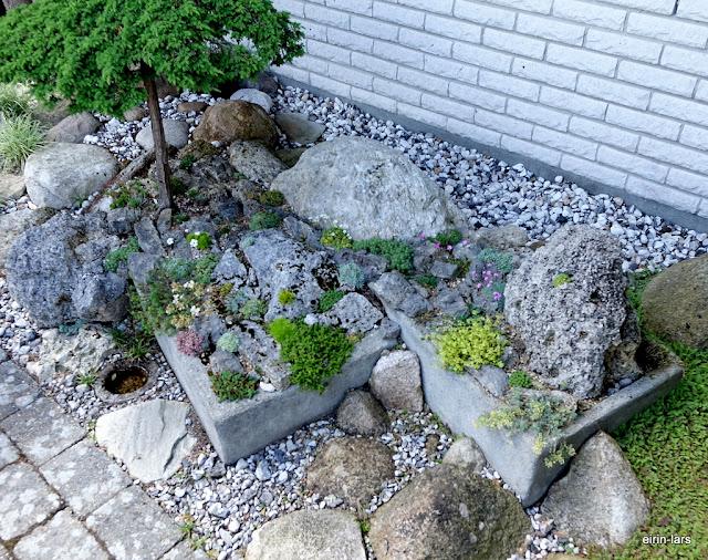 Hageidyll i sponvika: lag smÅ hager i hagen