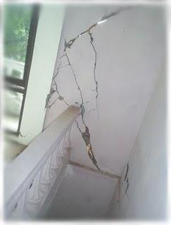 Memperbaiki Dinding Retak Struktur : memperbaiki, dinding, retak, struktur, ENGINEERING, BUILDING:, Masalah, Keretakan, Dinding