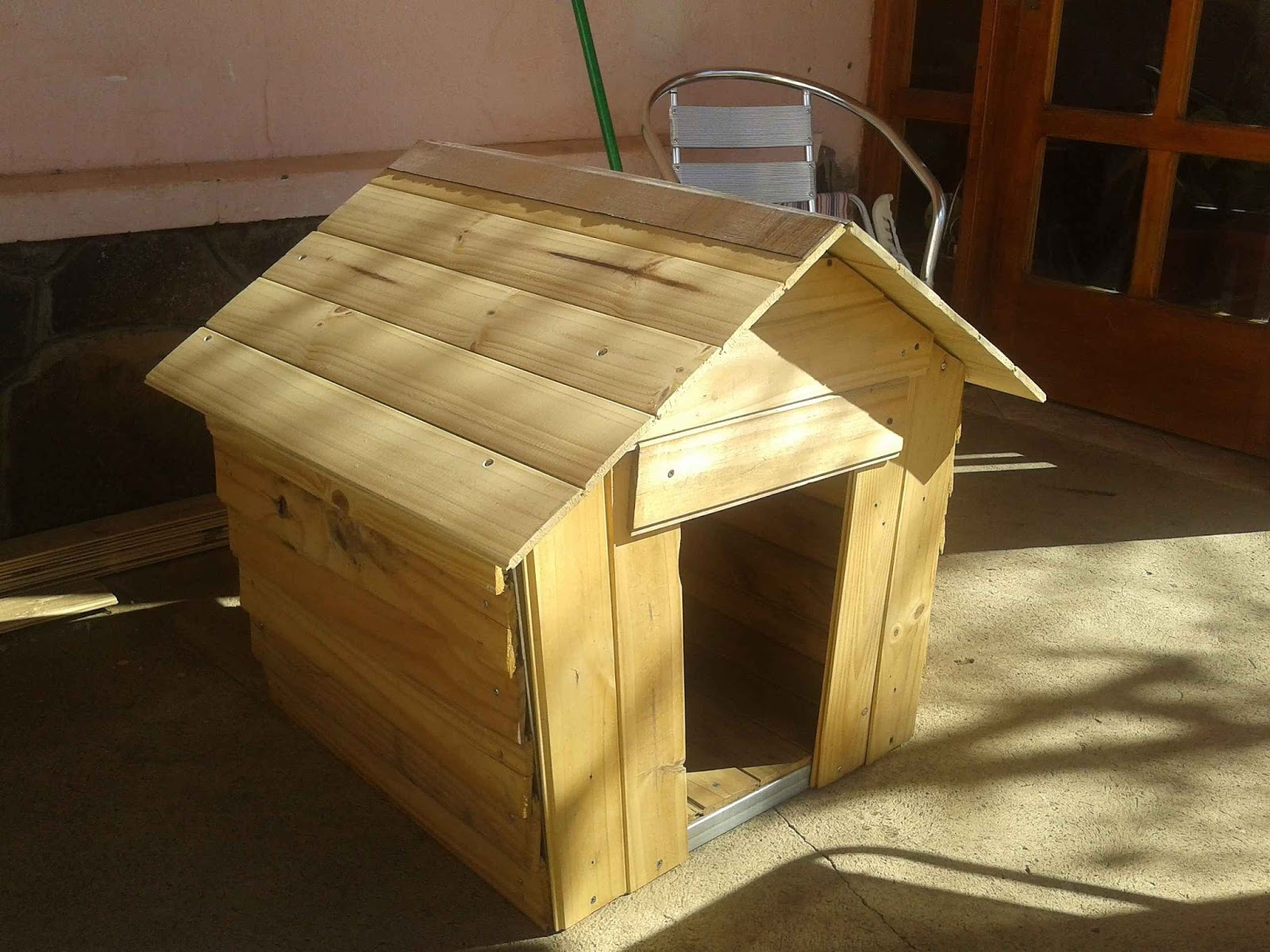 Mira como hacer casa de perro paso a paso super 4 patas for Como crear una casa
