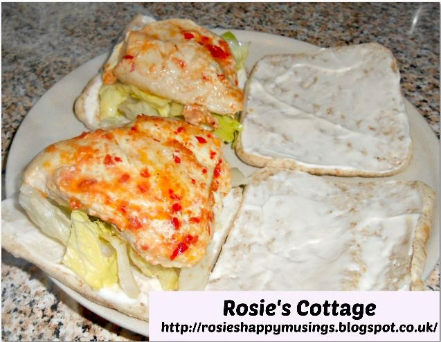Rosie's Chilli Chicken Fillet Burgers & Lemon Mayonnaise - quick and easy to make and so yummy!  Enjoy!