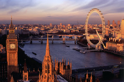 #TRAVELTUESDAY - London www.whiitelist.com
