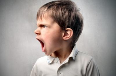 juga sanggup menyumbangkan imbas negatif Yang Perlu Dilakukan Saat Anak Sering Berkata Kasar