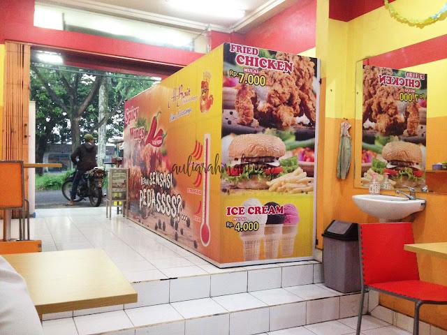fasilitas albait chicken dan burger