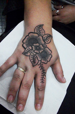 HAND-TATTOO-MEHNDI