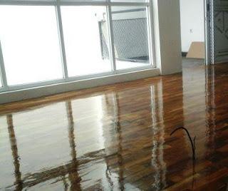 Lantai Kayu solid kayu