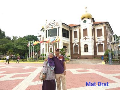 Tempat Bersejarah Melaka Memorial Kemerdekaan Dataran Pahlawan