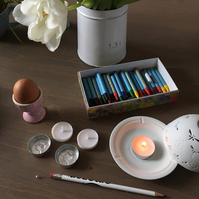 voskovky, čajové svíčky, velikonoce