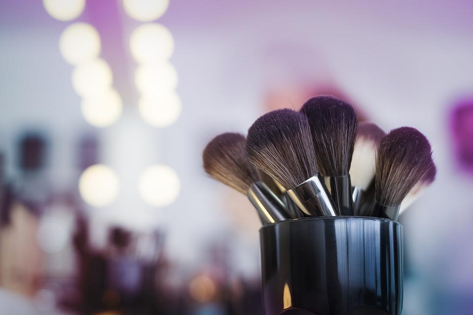 maquillage-makeup-yeux-bouche-teint-frais-naturel-nude