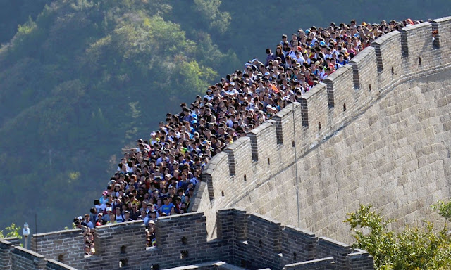 China to crack down on damage to Great Wall