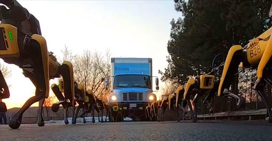 Robôs 'Cachorros' puxam caminhão e surpreendem o mundo com sua enorme força - Capa