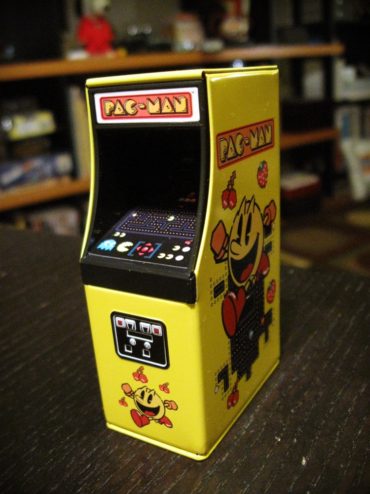 Pac Man Machine >> Lair of the Dork Horde: The Pac Man Video Game Cabinet Candy Tin!