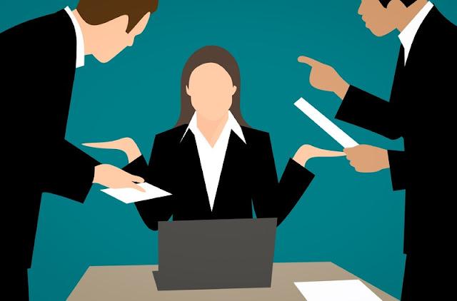 Tips Mengendalikan Emosi Saat Pekerjaan Menumpuk Yang Mudah dan Efektif