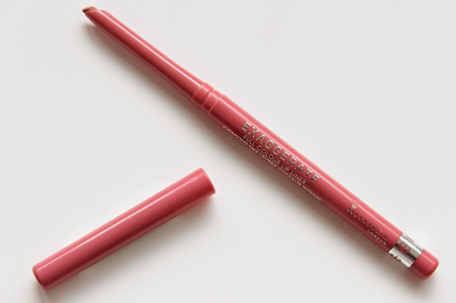 Makeup Must Have: Rimmel London East End Snob Lip Liner