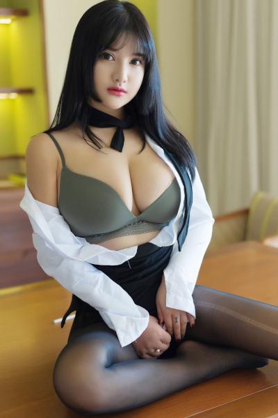 [XIUREN秀人网] 2019.08.28 No.1653 小尤奈