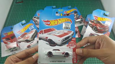 Hot Wheels Red Edition '67 Pontiac Firebird 400