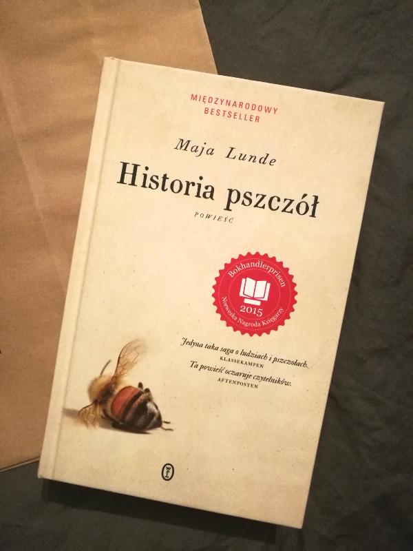 """""""Historia pszczół"""" Maja Lunde"""