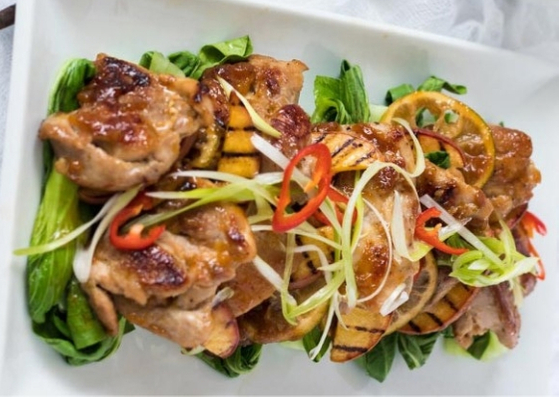 ASIAN PEACH GLAZED CHICKEN