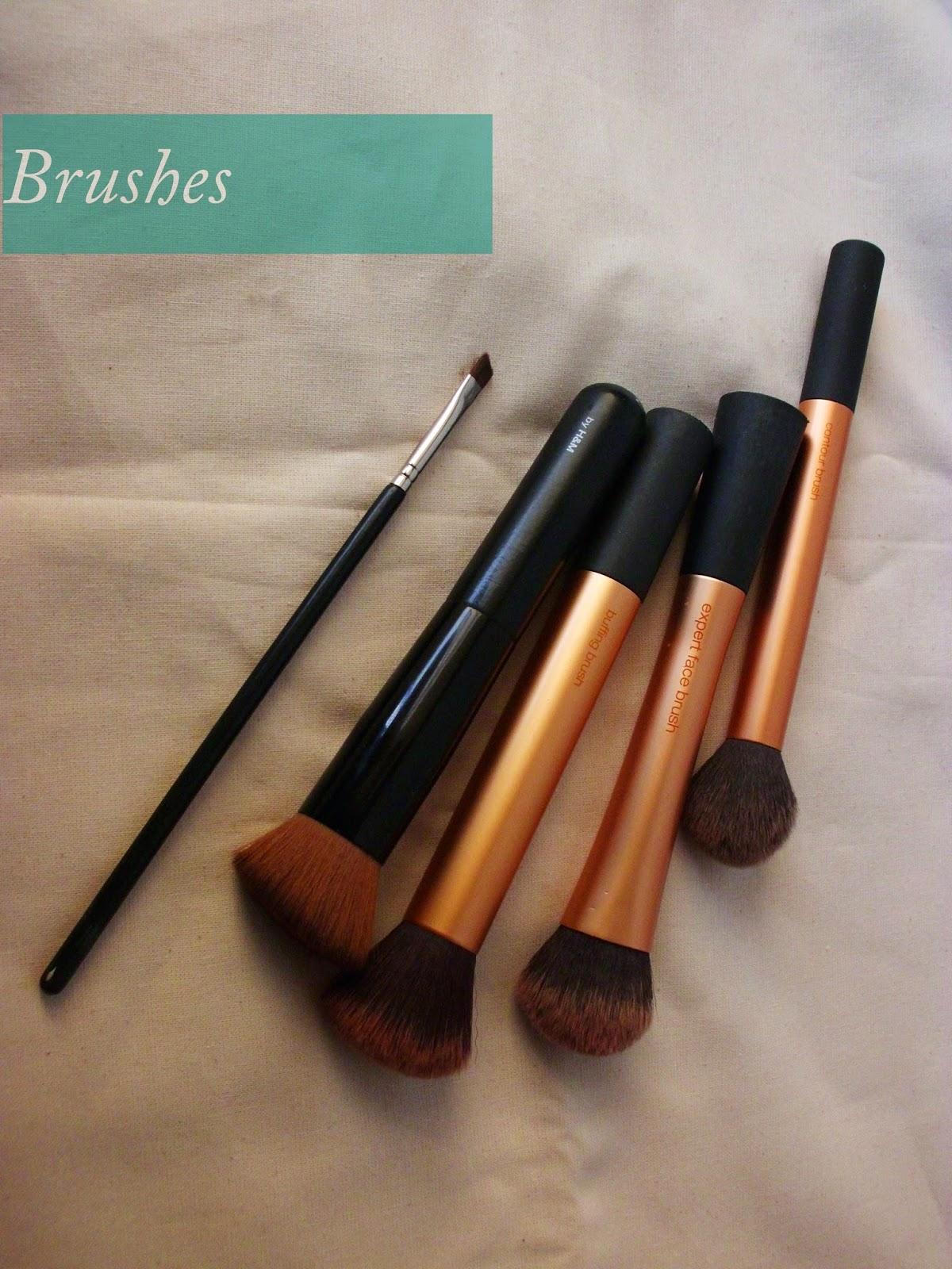 Brushes, Real Techniques, H&M, HAkuro