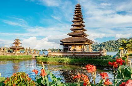 contoh recount text tentang liburan ke Bali