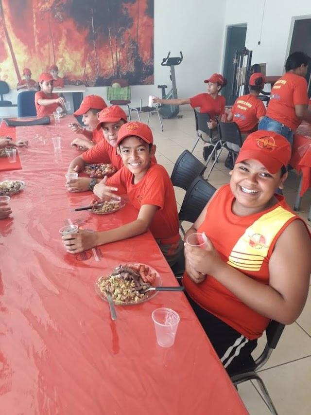 Senador Canedo: Bombeiros Mirins participam de confraternização