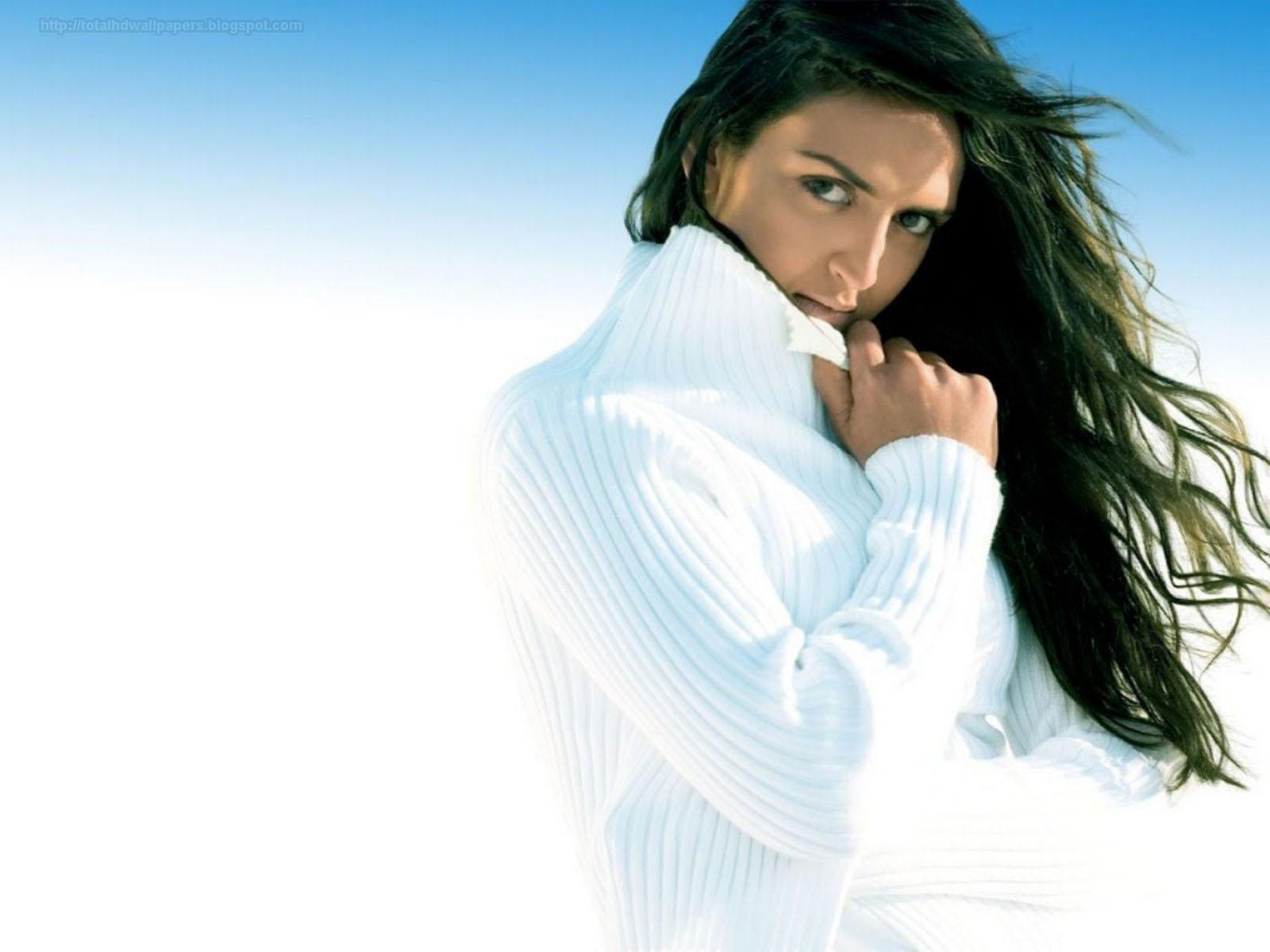 Punjabi Beautiful Girl Hd Wallpaper Bollywood Actress Hd Wallpapers Hollywood Actress Hd