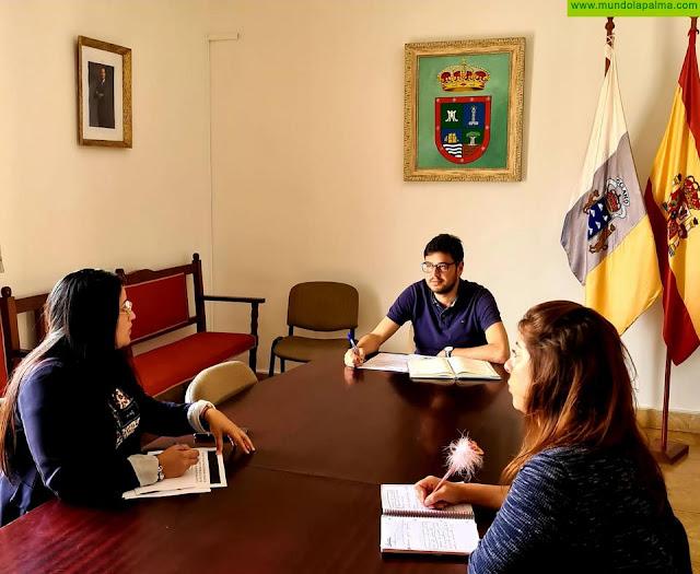 Barlovento ejecuta las ayudas a estudiantes fuera de la isla