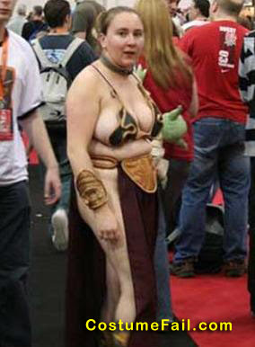 fail Nasty Lady in Slave Leia costume from Comic Con
