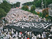Kemendagri Resmi Larang Bendera Tauhid Dikibarkan di Seluruh Indonesia