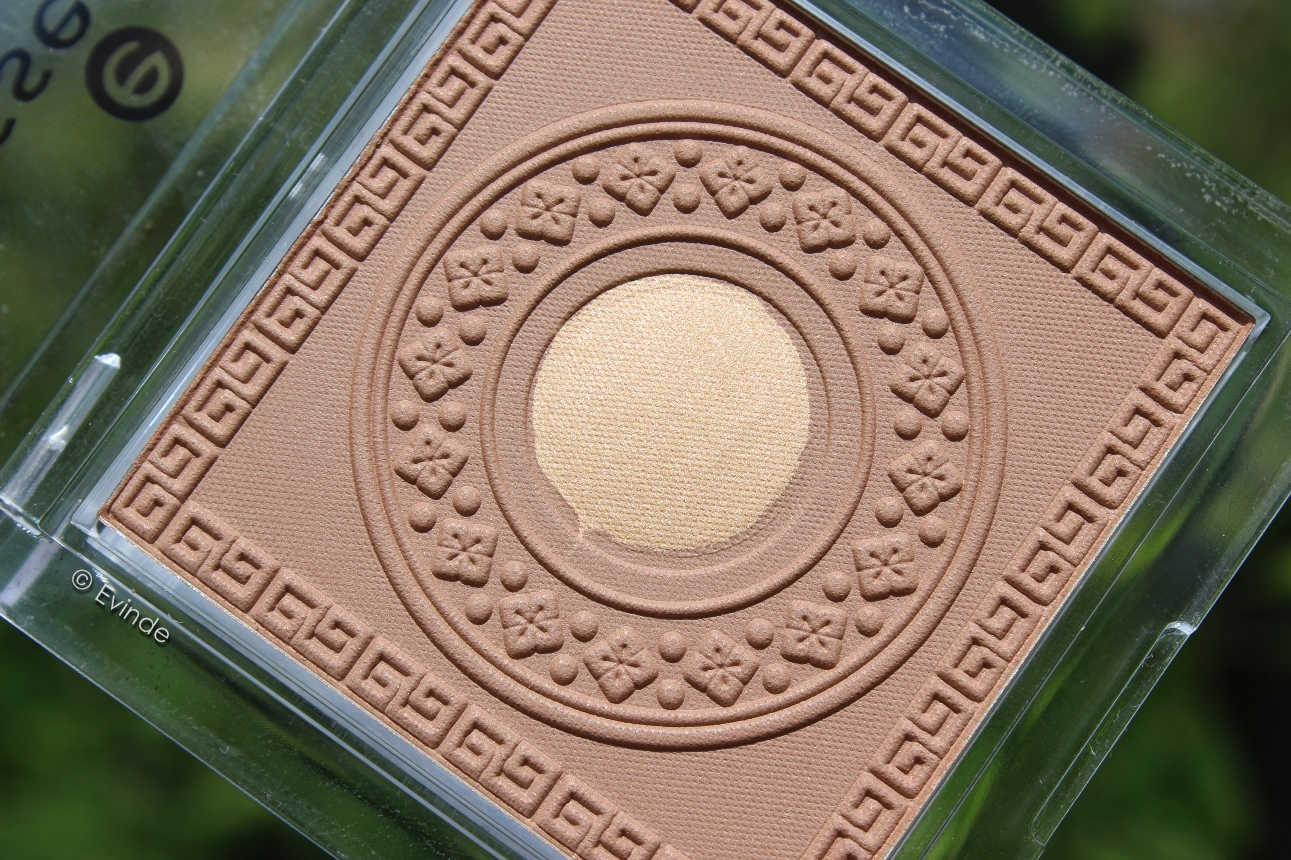 essence oriental beauty bronzer