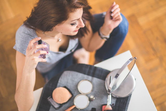 What Happens When You Use Excessive Makeup Daily?