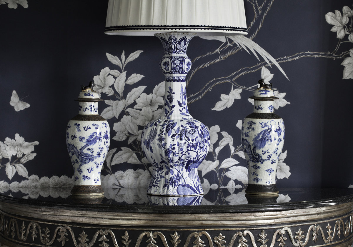 wallpaper blue and white florals Alexa Hampton