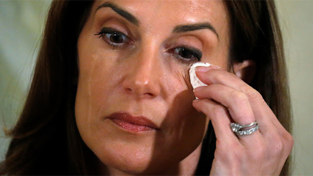 Una instructora de yoga, la décima mujer en denunciar a Trump por abusos