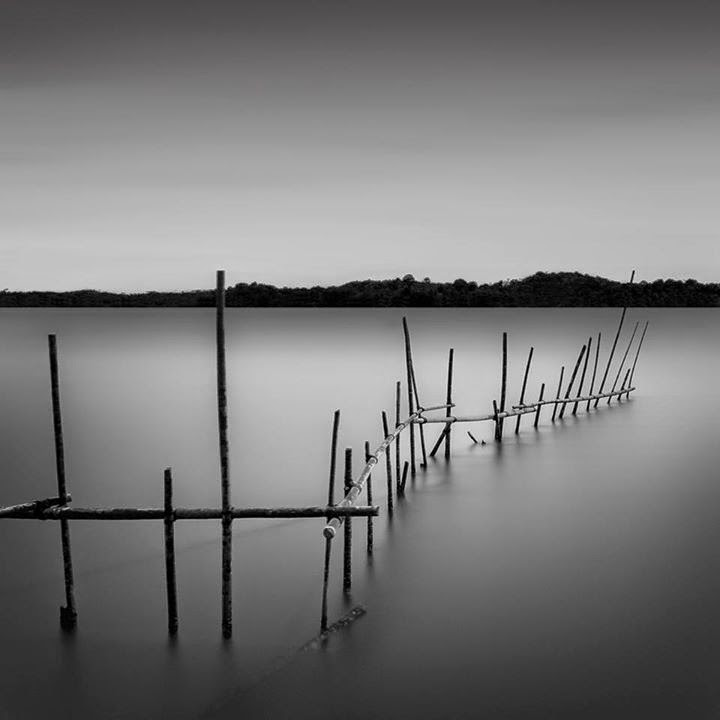 12-Jamal-Alias-Black-and-White-Long-Exposure-Photographs-www-designstack-co