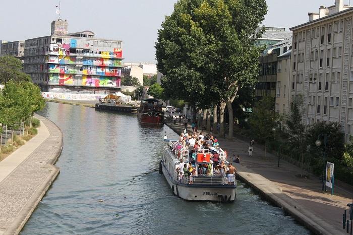 L'Eté du Canal - Faire du Bateau sur le Canal de l'Ourcq