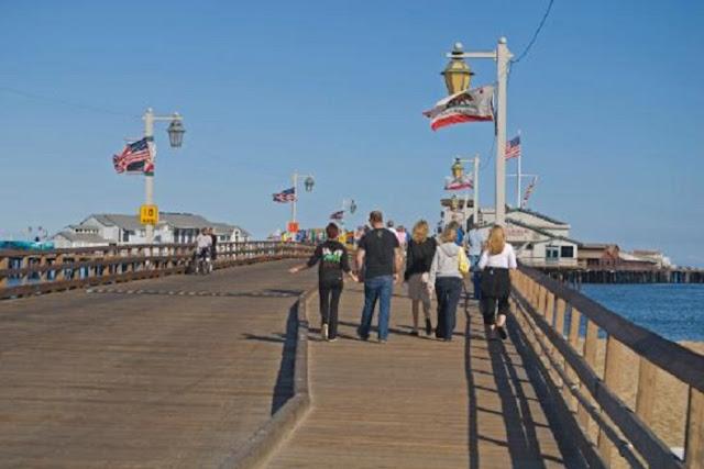 Tour ao ar livre pelo Stearns Wharf em Santa Bárbara