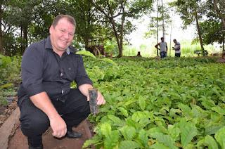 Vídeo: Dr. Neidson participa da entrega de mudas de café clonal em Guajará-Mirim
