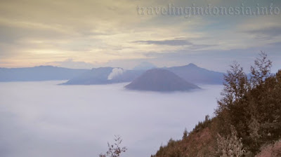 You can get beautyful sigth in Bromo mountain in Indonesia