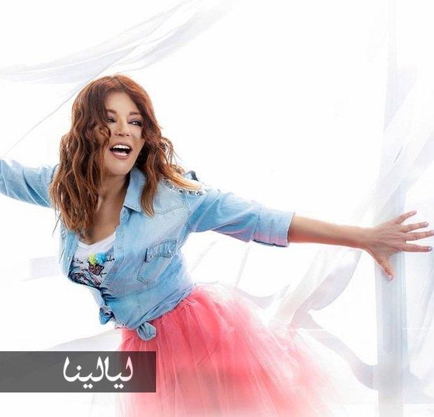 صورة شاهدوا فرق الطول بين سميرة سعيد وأطول معجب