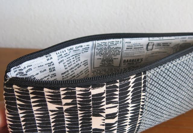 Luna Lovequilts - Pencil pouch - Carolyn Friedlander fabrics