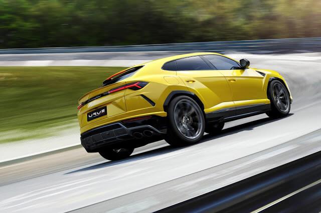 Lamborghini Urus 0-60 mph