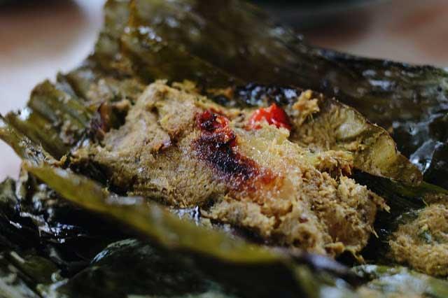 Wisata Kuliner Karawang Timur Pepes Jambal