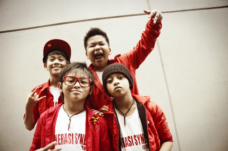 Coboy Junior With Bastian