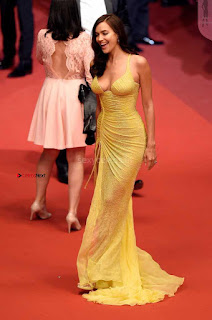 Irina+Shayk+Gets+Naughty+Exposing+her+full+boobs+at+the+Premiere+of+Hikari+at+Cannes+012.jpg