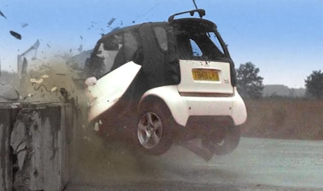 Βίντεο με crash test σε Smart και Opel Corsa που σοκάρει! Τελικά πόσο ασφαλή είναι τα μικρά αυτοκίνητα;